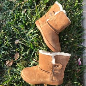 Ugg 🍁🍂Toddler Sz 8